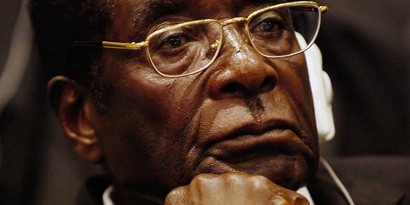 SB_800px-Mugabecloseup2008