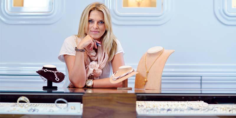 bigstock-successful-woman-portrait--je-40025224