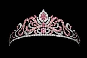 A $2.25-million USD tiara designed by Asprey, with 175 pink diamonds from the Argyle mine. The centre stone is a .80-carat fancy vivid purplish-pink diamond.