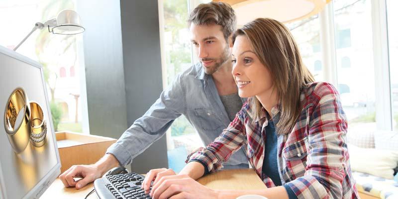 bigstock-Couple-in-coffee-shop-websurfi-81638918