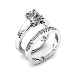 Platinum engagement ring with .75-carat princess-cut centre and matching band with diamonds (.19 ctw) by T&T Jewellers.