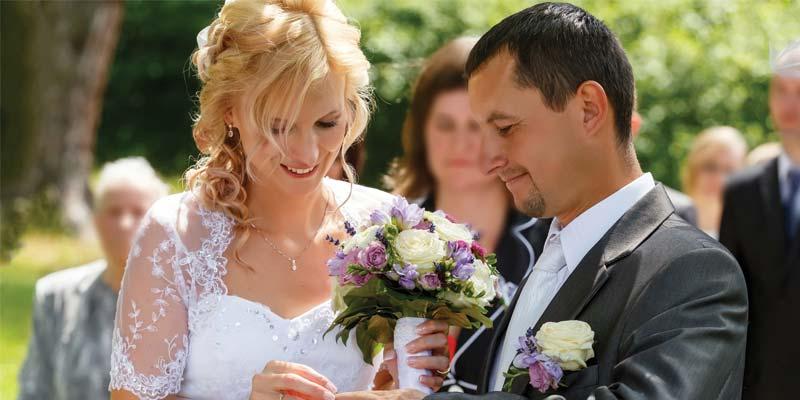 bigstock-Beautiful-Young-Wedding-Couple-67872670