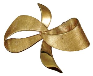 A typical hand-made Florentine finish on a 1950's brooch.