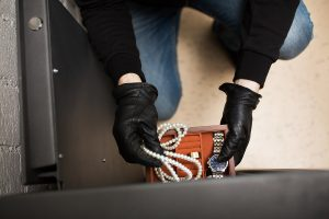 The Canadian Jewellers Association (CJA) is teaming up with Jewelers Mutual Insurance Group and Toronto Police Services to offer a seminar on defending your jewellery business against crime. Photo © www.bigstockphoto.com