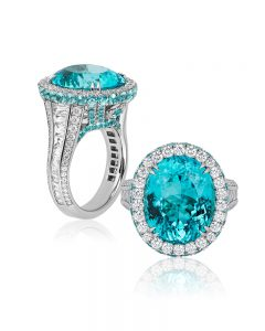 First Place: Niveet Nagpal, Omi Privé – Platinum ring featuring a 10.23-carat cuprian tourmaline accented with diamonds (2.57 ctw), Paraiba tourmalines (1.54 ctw), and a 0.01-carat alexandrite.