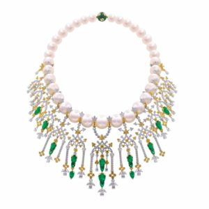 'Doge's Palace' necklace in 18-karat white and yellow gold by Alessio Boschi, featuring round-, pear-, and marquise-cut white diamonds, round yellow diamonds, round and marquise emeralds, South Sea pearls, and pear-shaped Colombian emeralds. The necklace has 28 sections that can be detached as pendants, and three that can be used as earrings.