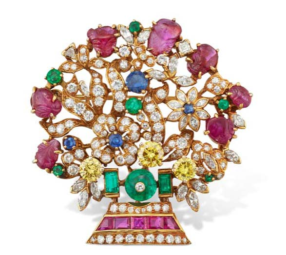 Margaret Thatcher's multi-gem and diamond brooch by Van Cleef & Arpels sold at Christie's 'Mrs. Thatcher, Part III' online auction for more than CAD$86,000.
