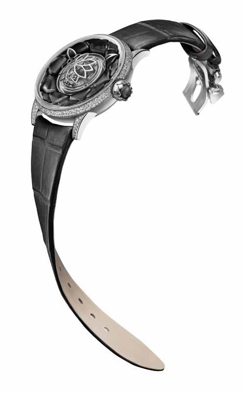 Dahlia C2 wristwatch in Black Onyx by Beauregard.