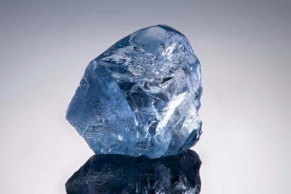 A 20.08-carat blue diamond mined by Petra has sold for US$14.9 million.