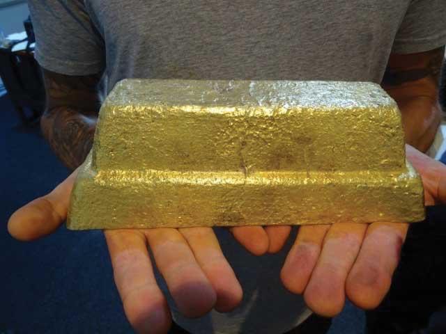 A 19.2-kg gold bar from MacDesa. Photo courtesy Alan Frampton/MacDesa