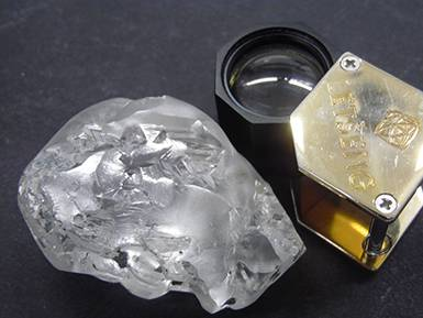 A 442-carat type II diamond has been recovered in Lesotho.