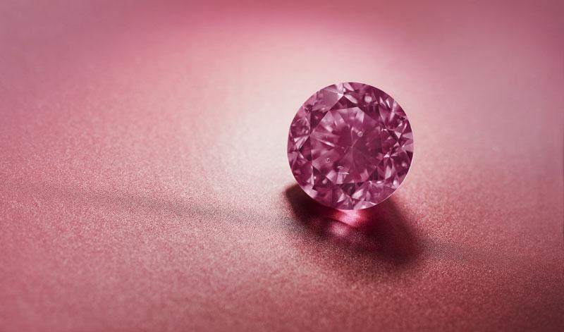'Argyle Eternity,' a 2.24ct fancy vivid purplish pink round diamond from the 2020 Argyle Pink Diamonds Tender. Photos courtesy Rio Tinto