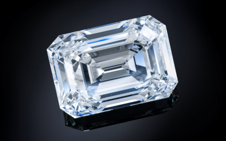 The Alrosa-mined 100.94-carat 'Spectacle' diamond sold for US$14 million at Christie's last week. Photo courtesy Christie's