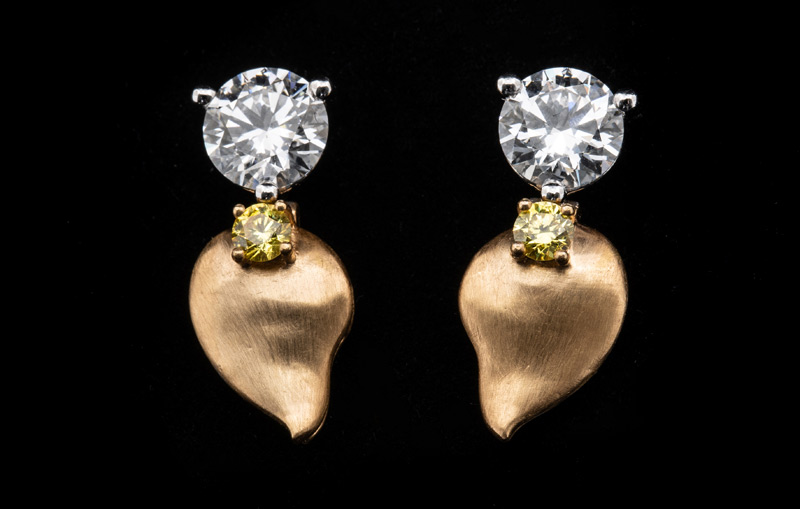 Lucara Diamond and HB Antwerp donated a set of 2.06-carat brilliant cut diamond earrings, valued at $69,000, in support of the Canadian Cancer Society (CCS). Photo courtesy Lucara Diamond