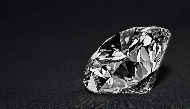 The International Gemological Institute (IGI) has determined a 6.18-carat round brilliant-cut diamond, which had been submitted for grading as natural, was lab-created. Photo ©BigStockPhoto.com