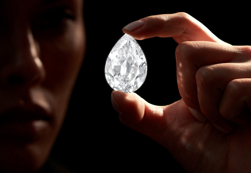 A pear-shaped diamond weighing 101.38 carats sold for $15.4 million (US$12.3 million) at Sotheby's Hong Kong. Photo courtesy Sotheby's